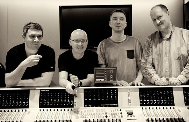 Marcin Wasilewski Trio with Joakim Milder