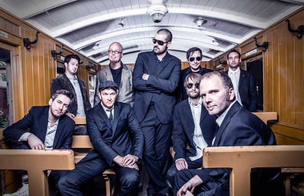 Ease Up Ltd.: Long Way - Release Konzert
