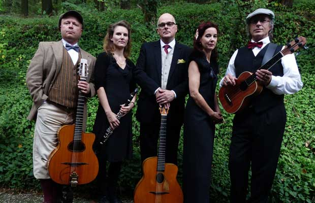 Heiligs Blechle: Julie & the Loulou Stars