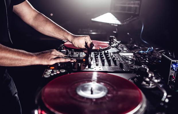 Pshrmn Vol. 3: The IDC Crew (DiggyDAN, DJ Quickness, MVP & Tosh Taylor)