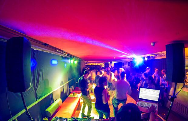 Soundclash: Einzman & Triplet Present Safari (HipHop, Bass, Dancehall)