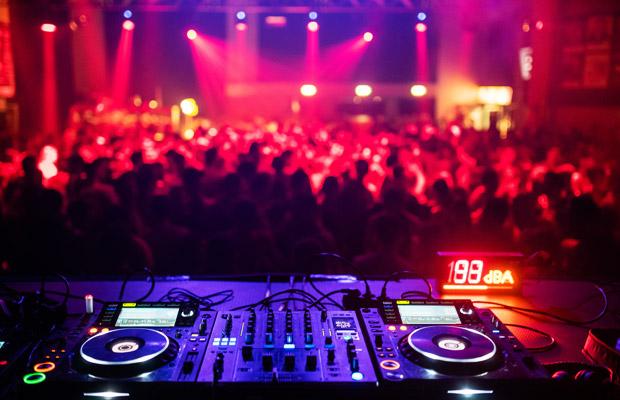 Tanz in den Mai - Mit den DJs Leo Yamane, Herr Jonas, Paul MG und DJane Pure Power