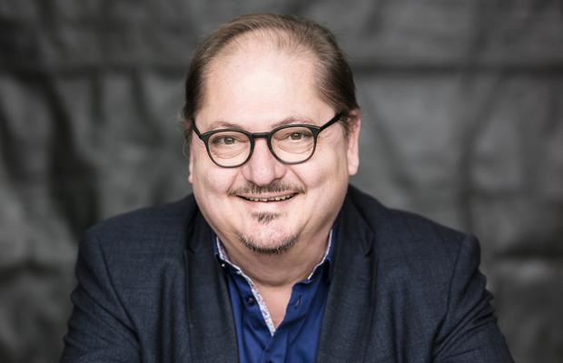 ABGESAGT: Jürgen Tarrach: Zum Glück traurig