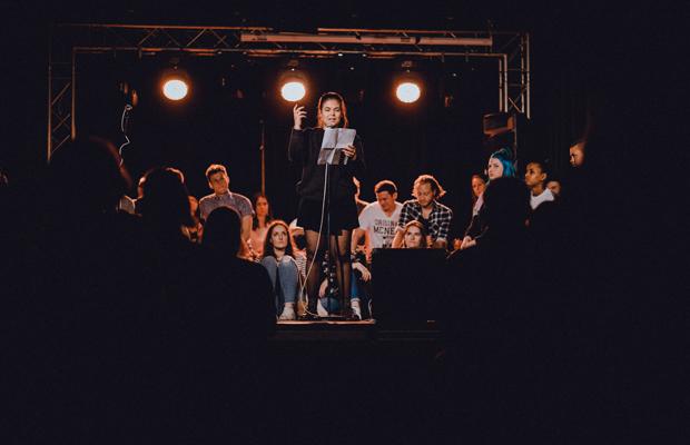 ABGESAGT: Lichterschlacht: Darmstadts Slam-Talente im Spotlight