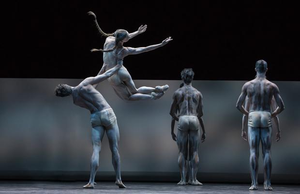 VERLEGT: Le sacre du printemps - Zweiteiliger Ballettabend von Edward Clug und Bryan Arias