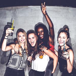 Mellow Weekend: Deine Party – Jeden Samstag